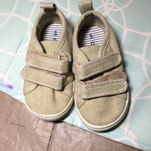 Carters size 5